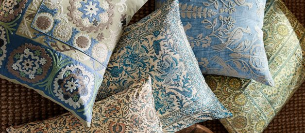 how to clean throw pillows all you need to know. Black Bedroom Furniture Sets. Home Design Ideas